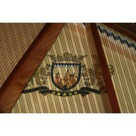 piano à queue Ritmuller 166cm